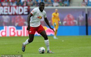 Арсенал подготвя нова оферта за възхитителен защитник през януари